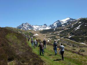 curistes en randonnée